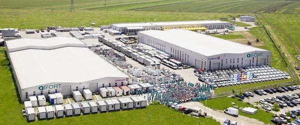 Fabrica QFORT - productie ferestre si usi termoizolante din pvc