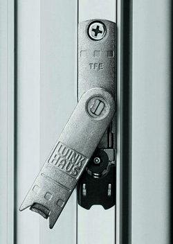 Ridicator de cercevea, contraactionare gresita si sneper - feronerie pentru ferestre si usi din PVC